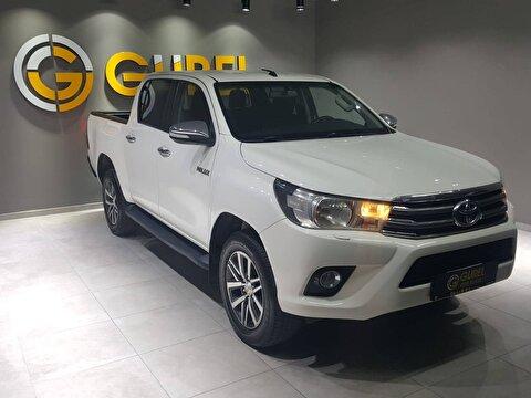 Toyota Hi-Lux Cift Kabin Pick-Up 2.4 D-4D 4X4 Adventure