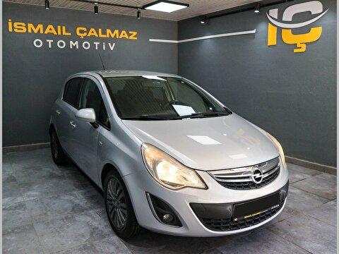 Opel Corsa Hatchback 1.4I Twinport Active 16'Alasim Jant Otomatik