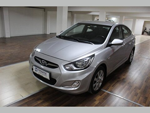 Hyundai Accent Blue Sedan 1.4 Cvvt Mode Plus