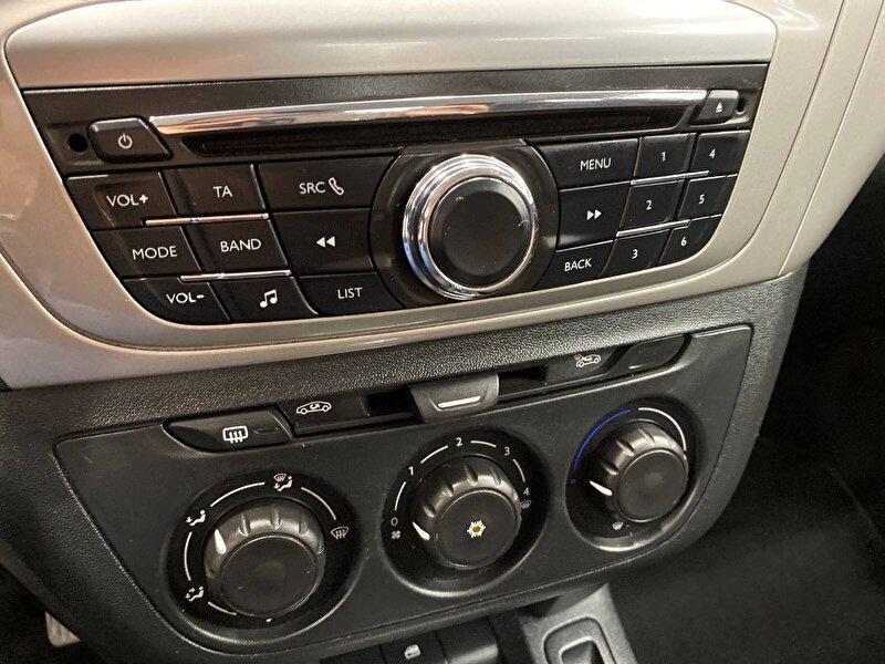 Citroen C-Elysee Sedan 1.6 HDI Live