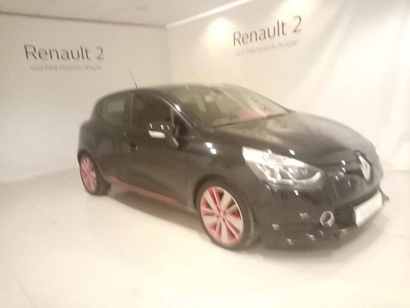 2014 Dizel Manuel Renault Clio Siyah GÜLPAR