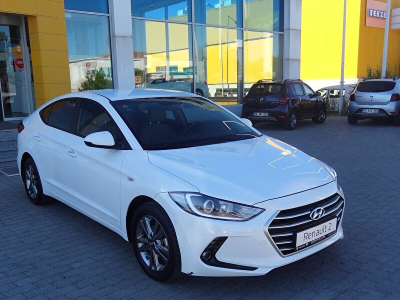 2018 Dizel Otomatik Hyundai Elantra Beyaz UZUNLAR OTOM