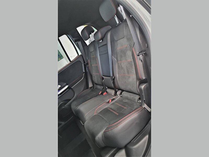 2020 Benzin Otomatik Mercedes-Benz GLB Beyaz UZUNLAR OTOM