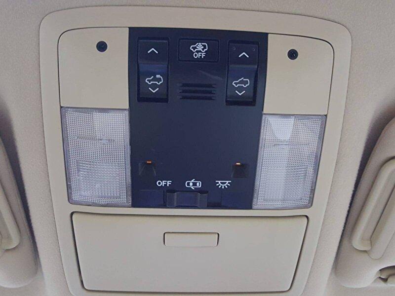 Toyota Land Cruiser Prado SUV 2.8 D-4D Otomatik