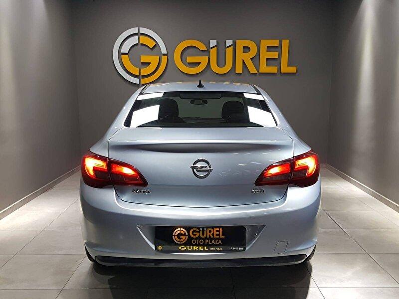Opel Astra Sedan 1.6 CDTI Start&Stop Business