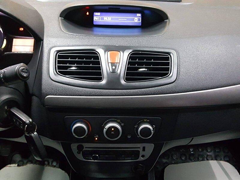 Renault Fluence Sedan 1.5 DCI Touch