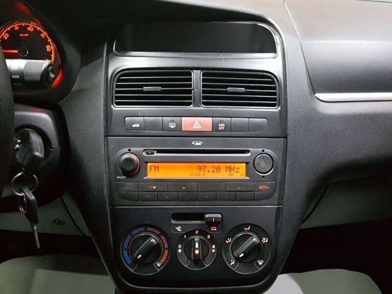 Fiat Linea Sedan 1.3 MultiJet Pop