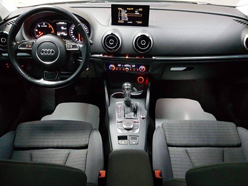Audi A3 Sedan 1.6 TDI Ambition S-Tronic