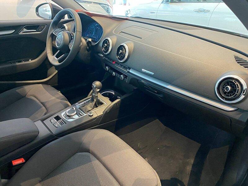 2020 Benzin Otomatik Audi A3 Siyah OTONOVA AŞ.