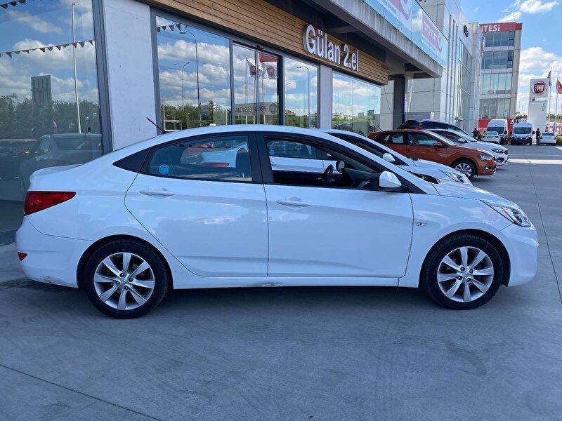 2018 Dizel Otomatik Hyundai Accent Blue Beyaz OTONOVA AŞ.