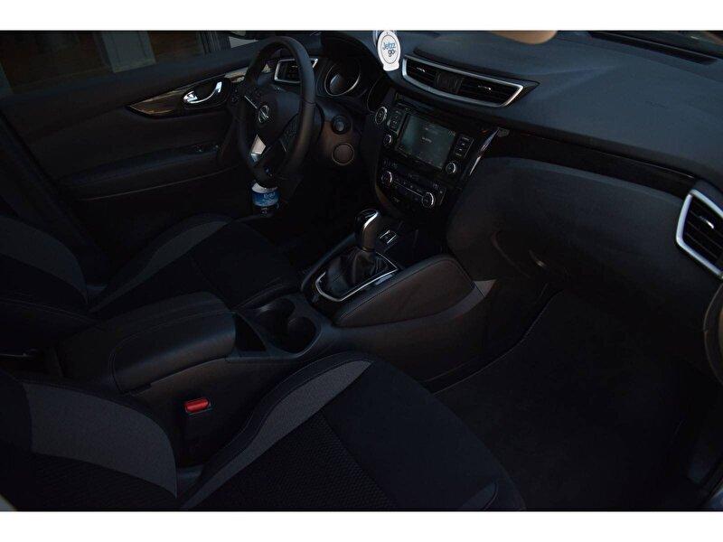 Nissan Qashqai SUV 1.5 DCI Sky Pack DCT