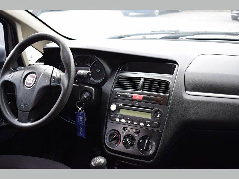 Fiat Linea Sedan 1.3 MultiJet Active Plus