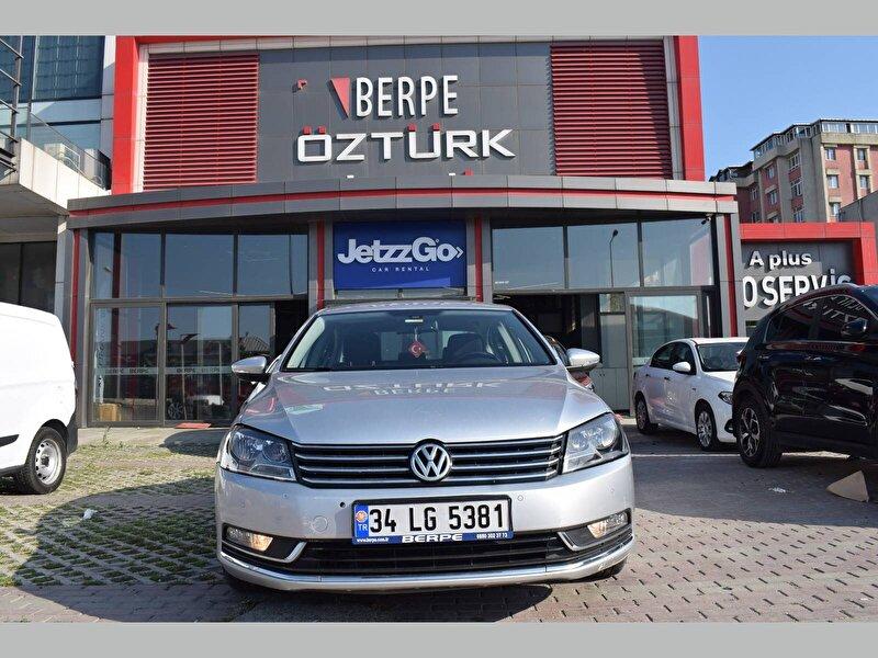 Volkswagen Passat Sedan 1.6 TDI BMT Comfortline DSG