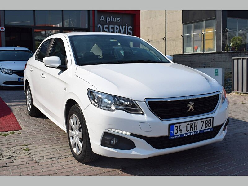 Peugeot 301 Sedan 1.5 BlueHDI Active