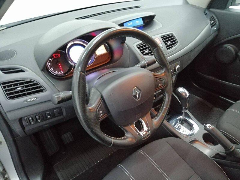 Renault Fluence Sedan 1.5 DCI Touch Plus EDC