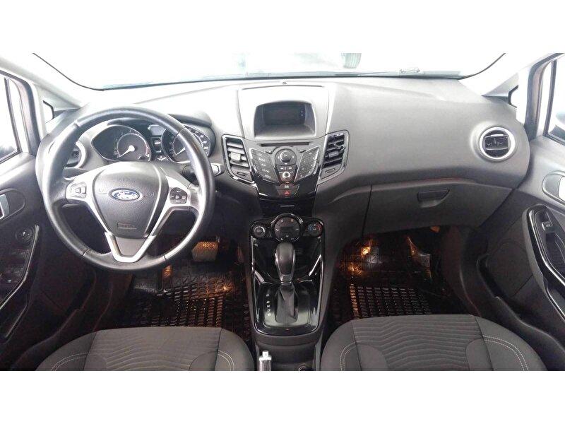 Ford Fiesta Hatchback 1.6 Titanium Powershift