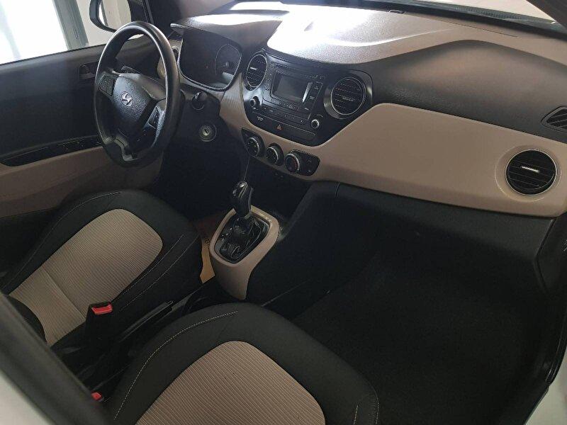 Hyundai i10 Hatchback 1.0 D-CVVT Style Otomatik