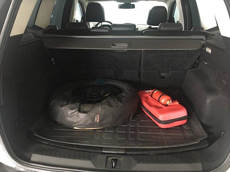 Ford Kuga SUV 1.5 EcoBoost AWD Selective Otomatik