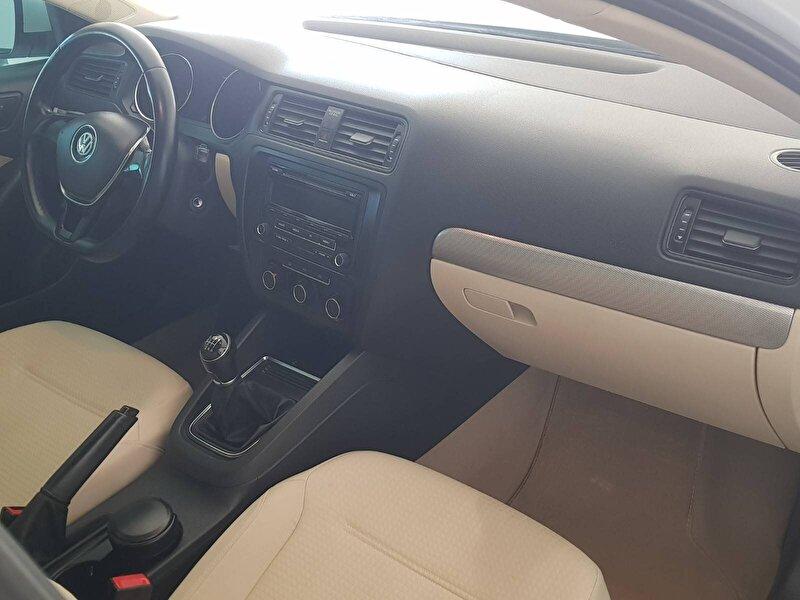 Volkswagen Jetta Sedan 1.2 TSI Trendline