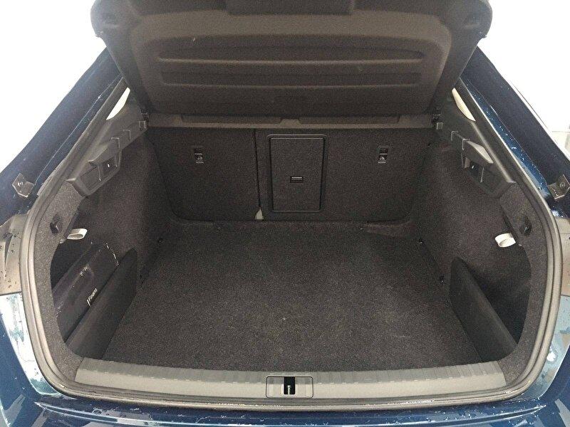 Skoda Octavia Hatchback 1.0 TSI e-Tec Premium DSG