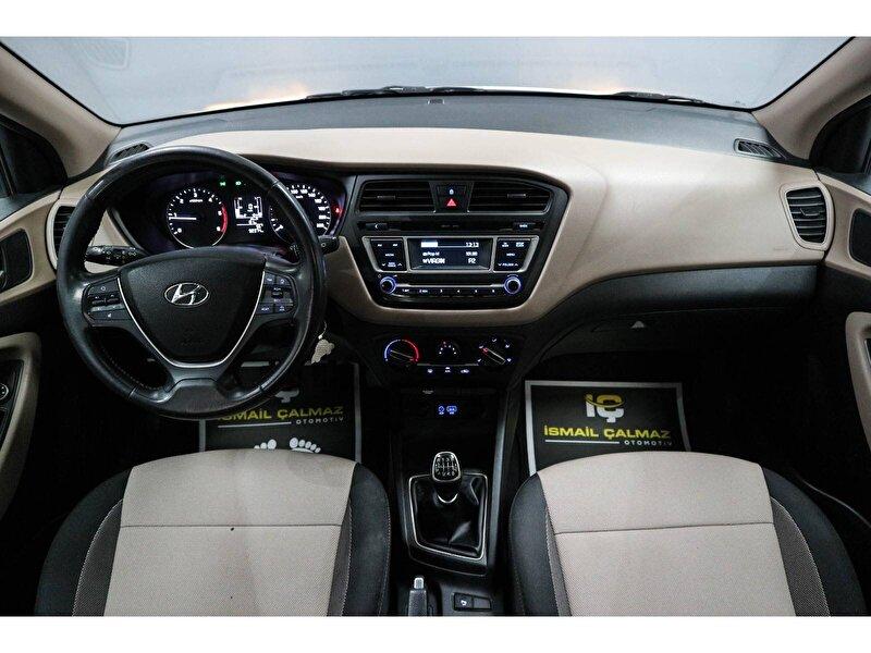Hyundai i20 Hatchback 1.4 CRDI Style Panoramik Cam Tavan