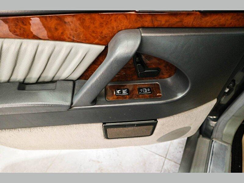 Mercedes-Benz 300 300 SE 2.8 Otomatik