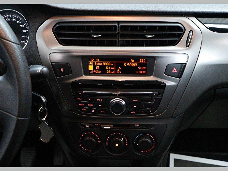 Peugeot 301 Sedan 1.6 BlueHDI Active