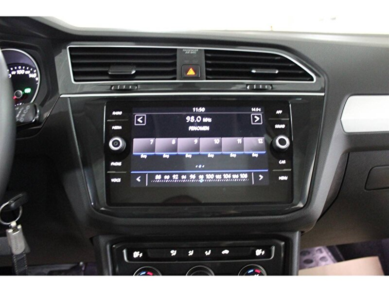 Volkswagen Tiguan SUV 1.5 TSI ACT Comfortline DSG