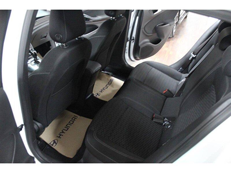 Opel Astra Hatchback 1.6 CDTI Dynamic Otomatik