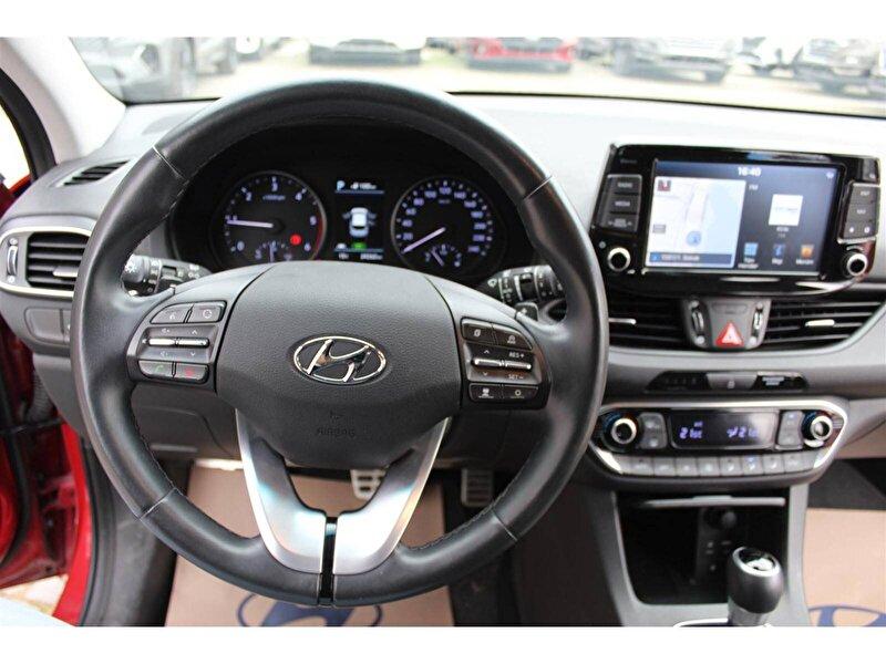 Hyundai i30 Hatchback 1.6 CRDI Elite Plus DCT