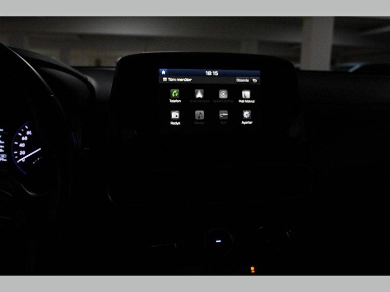 Hyundai Kona SUV 1.6 CRDI Smart DCT