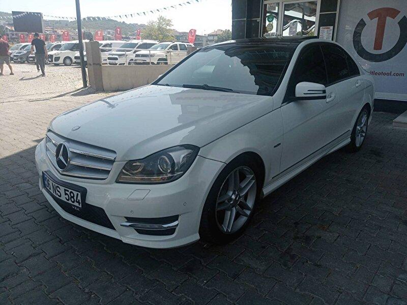 2012 Benzin Otomatik Mercedes-Benz C Beyaz TAKSİTLE OTO AL